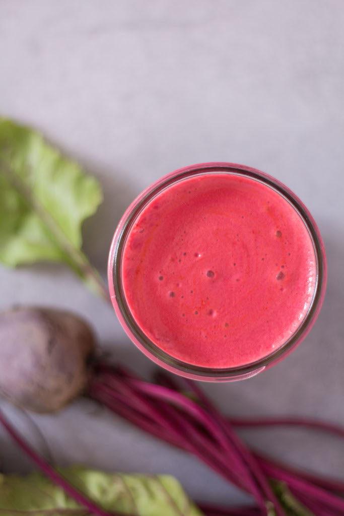 Leckerer Rote Beete Saft - vegetarisch, rein pflanzlich, vegan, ohne raffinierten Zucker, glutenfrei - de.heavenlynnhealthy.com