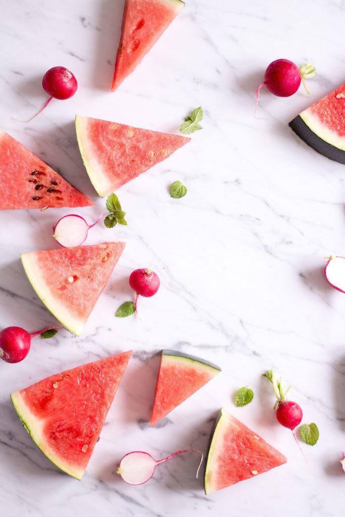 Wassermelone-Radieschen Salat - vegetarisch, rein pflanzlich, vegan, ohne raffinierten Zucker, glutenfrei - de.heavenlynnhealthy.com