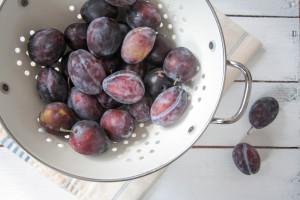 Zwetschgen-Apfel-und-Brombeeren-Crumble-2