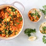 Marokkanischer Kichererbsen, Grünkohl und Süßkartoffel-Eintopf - gesund, glutenfrei, vegetarisch, vegan, ohne raffinierten Zucker - de.heavenlynnhealthy.com