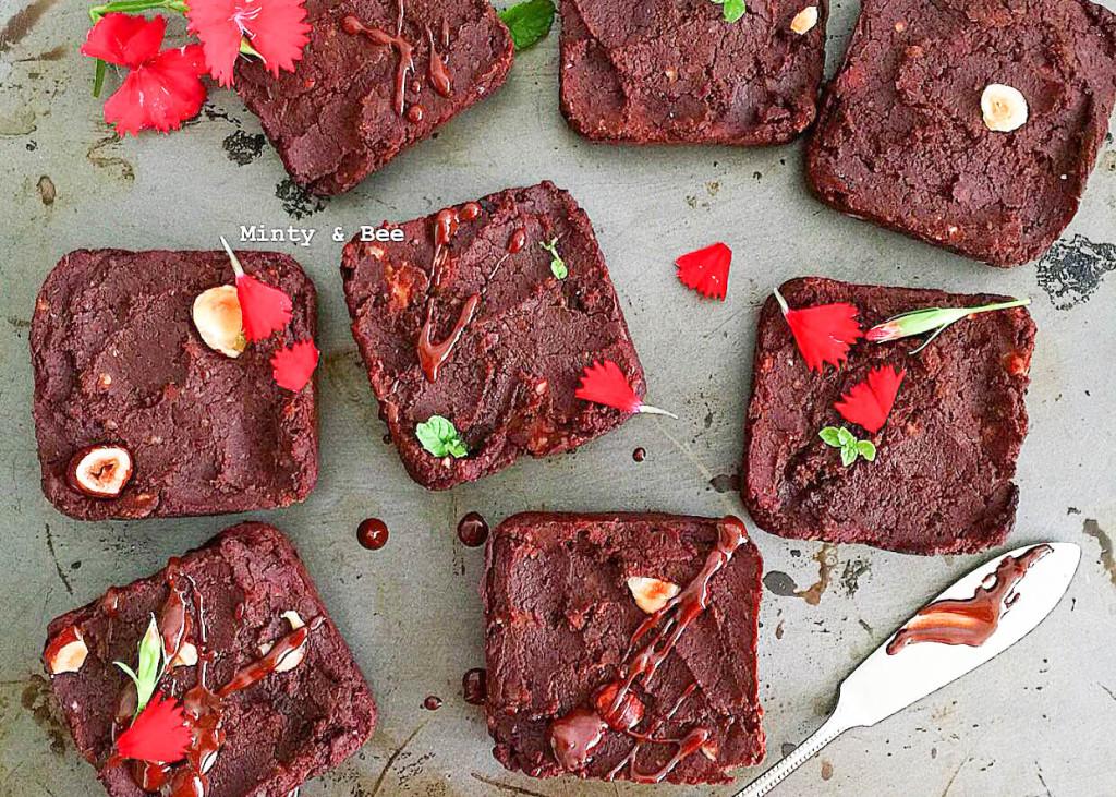 Brownies aus Kinney-Bohnen - vegan, glutenfrei, ohne Mehl, ohne raffinierten Zucker, vegetarisch - de.heavenlynnhealthy.com