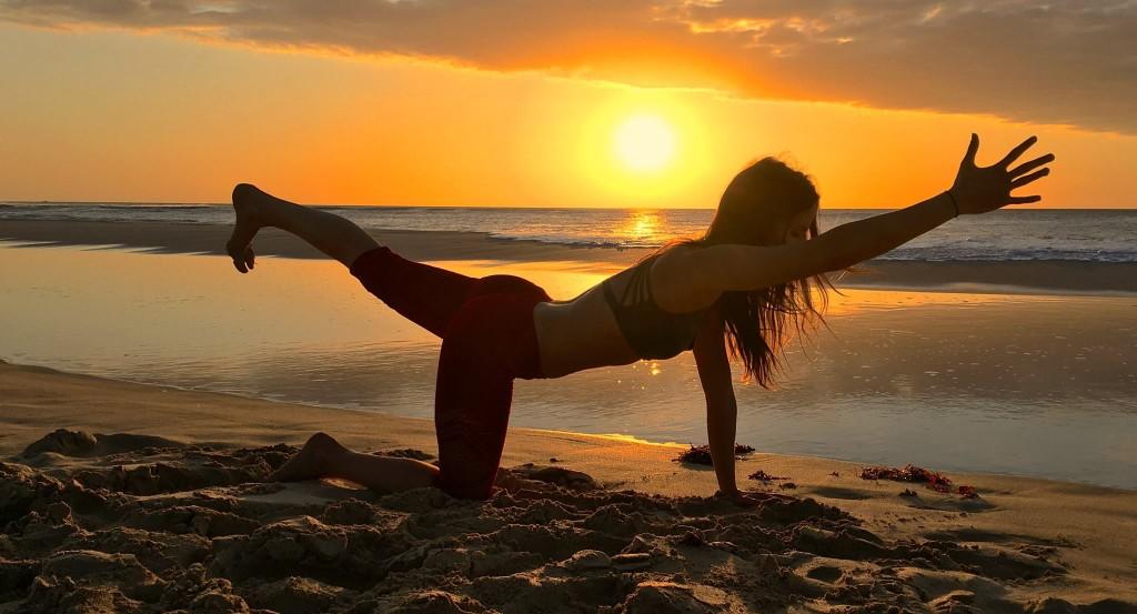 Yoga stärkt Körper und Geist - de.heavenlynnhealthy.com