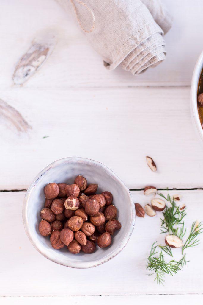 Cannellini Bohnen Eintopf mit Haselnüssen und Dill - rein pflanzlich, vegan, glutenfrei, ohne raffinierten Zucker - de.heavenlynnhealthy.com