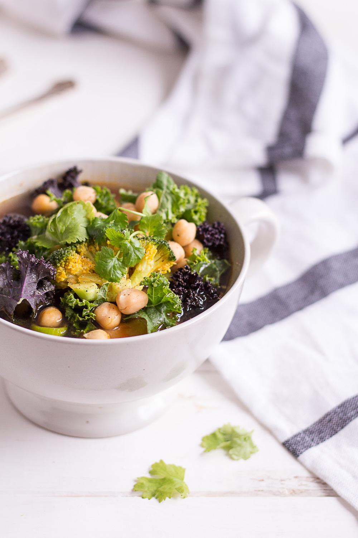 Ein Mahl Etwas Gutes: Grünkohl-Gemüsesuppe