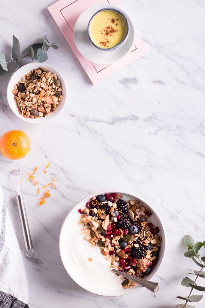 Orangen Granola - rein pflanzlich, vegan, glutenfrei, ohne raffinierten Zucker - de.heavenlynnhealthy.com