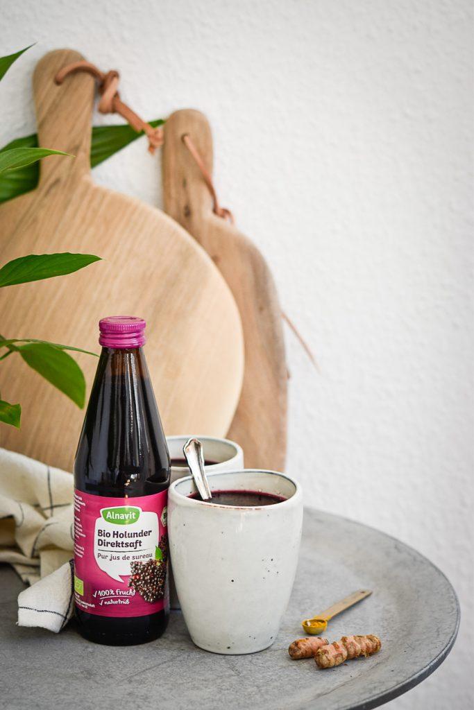 Holunder-Kurkuma-Trunk - rein pflanzlich, vegan, glutenfreie Option, ohne raffinierten Zucker - de.heavenlynnhealthy.com