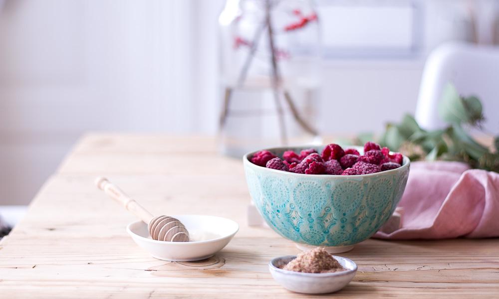 Gesunde Erdnuss-Plätzchen mit Marmelade - rein pflanzlich, vegan, glutenfrei, ohne raffinierten Zucker - de.heavenlynnhealthy.com