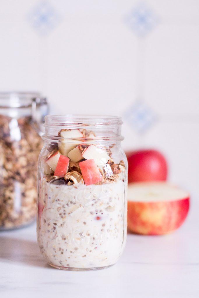Knackige Apfel-Overnight Oats - rein pflanzlich, vegan, glutenfrei, ohne raffinierten Zucker - de.heavenlynnhealthy.com