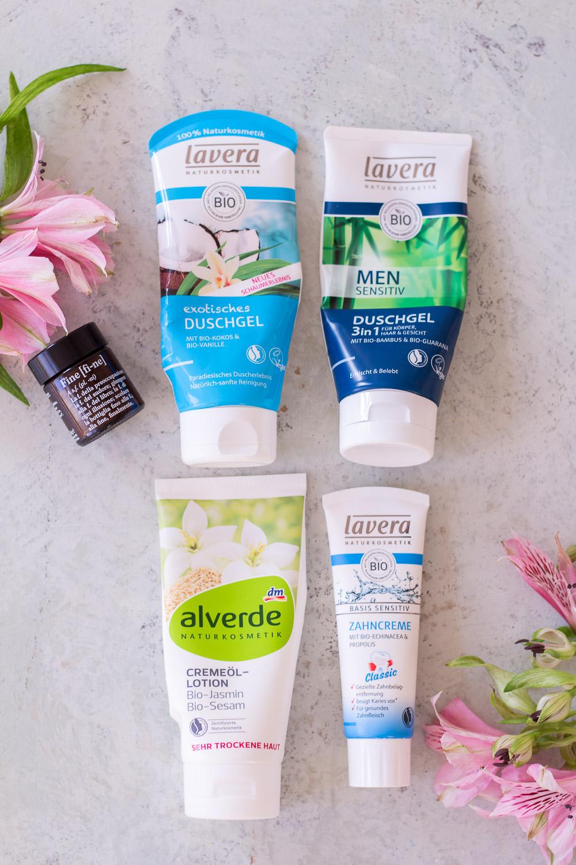 Natural Beauty Bag – Die Skincare-Produkte, die ich gerade liebe (und welche davon keine Naturkosmetik sind)