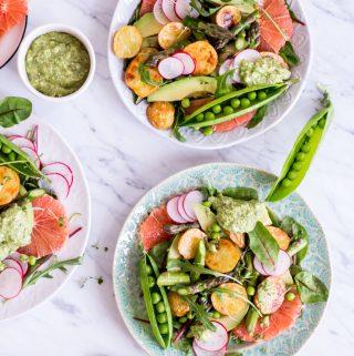 """Frühlingshafter """"Glow"""" Salat - rein pflanzlich, vegan, glutenfrei, ohne raffinierten Zucker - de.heavenlynnhealthy.com"""