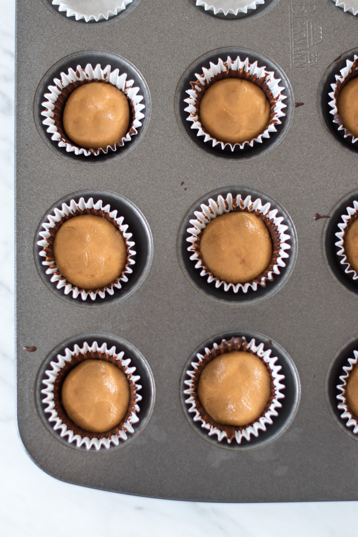 Gesunde Nussmus-Pralinen – rein pflanzlich, vegan, glutenfrei, ohne raffinierten Zucker - de.heavenlynnhealthy.com