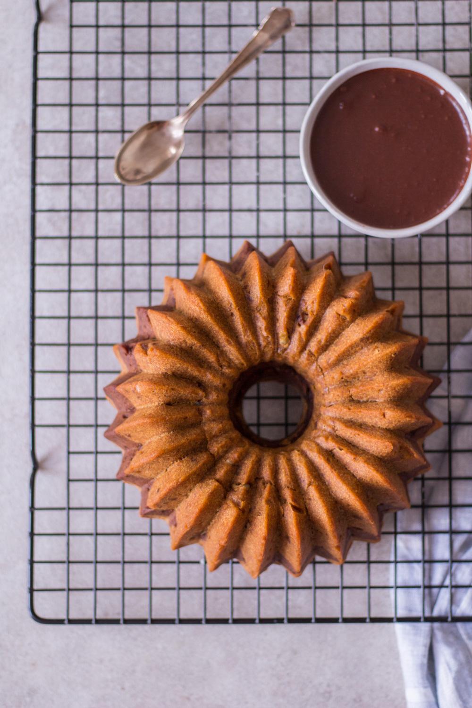 Süßkartoffel-Gewürz-Gugelhupf - rein pflanzlich, vegan, glutenfrei, ohne raffinierten Zucker - de.heavenlynnhealthy.com