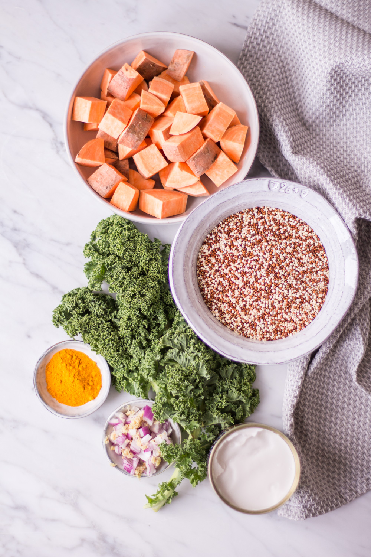 Hormausgleichende Kurkuma Quinoa Bowl