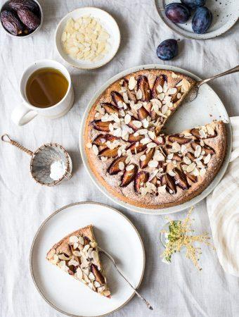 Glutenfreier Zwetschgenkuchen mit Hafermehl